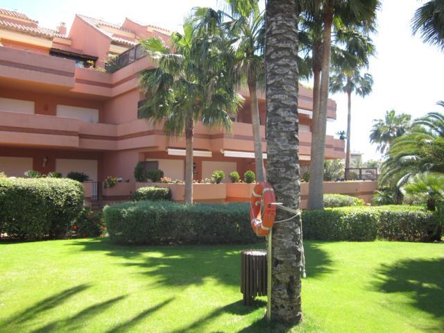 Holiday Rentals Marbella, Puerto Banus 10