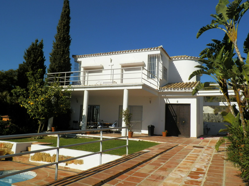 Villas for sale Nueva Andalucia 2