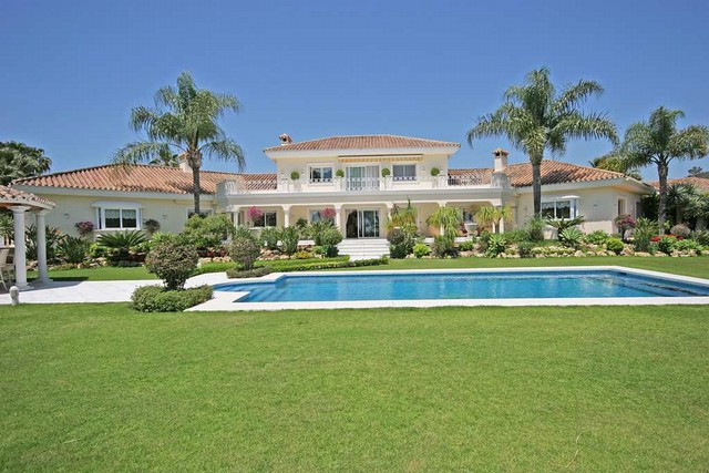Villas for sale Nueva Andalucia 7
