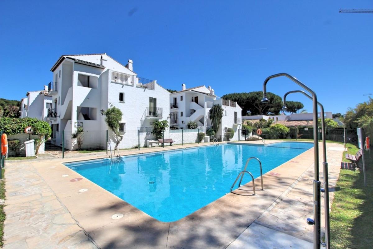 Marbella Banus Apartamento en Venta en Benamara – R3876628