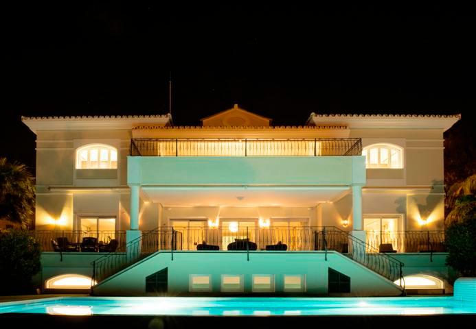 Holiday Rentals Marbella, Puerto Banus 9