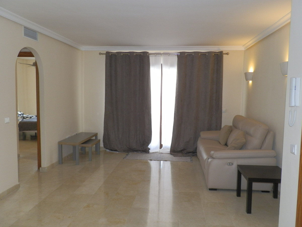 Top Floor Apartment · Benahavís