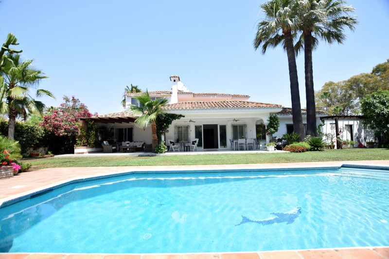 Welcome to Mibro International Properties, specialising in Marbella property for sale 11