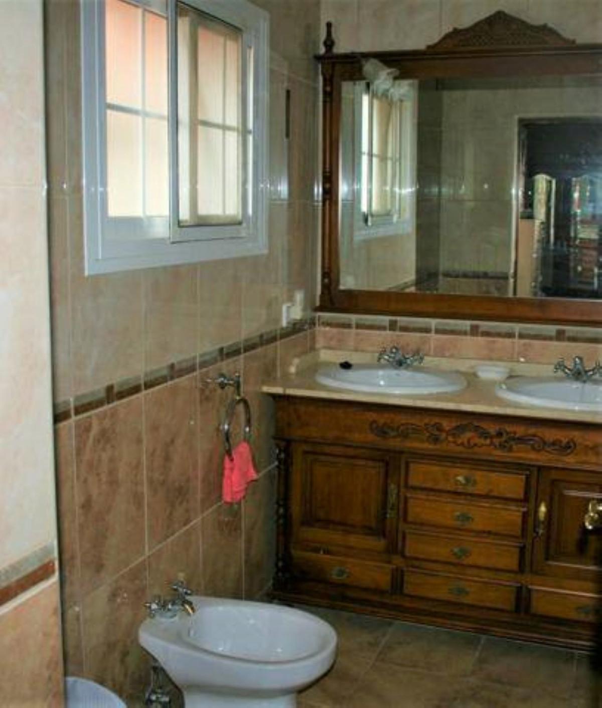 3 Dormitorio Independiente Villa En Venta Tolox