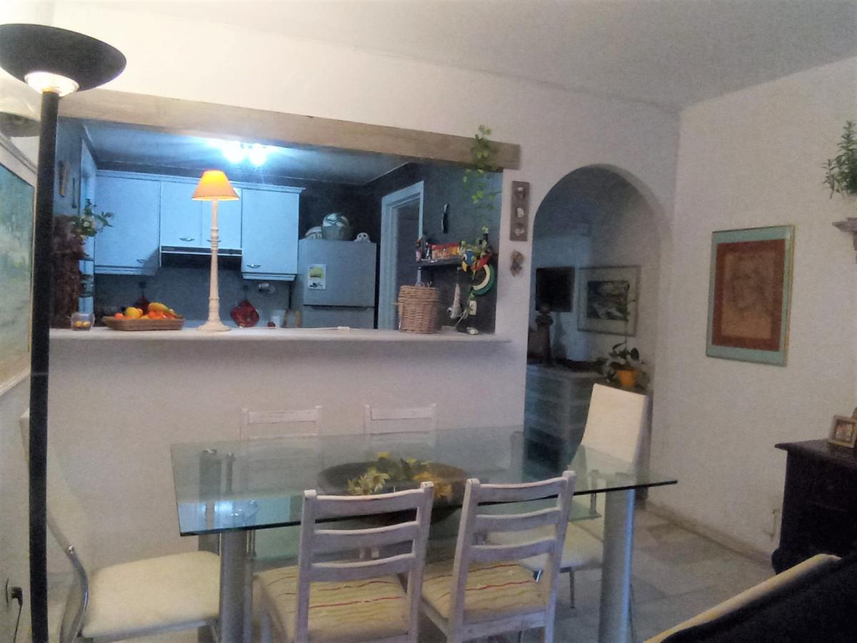 Apartamento en Venta en El Paraiso – R3551137
