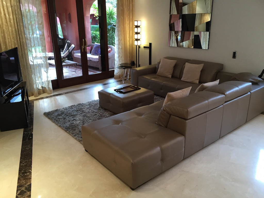 3 Bedroom Apartment for sale New Golden Mile