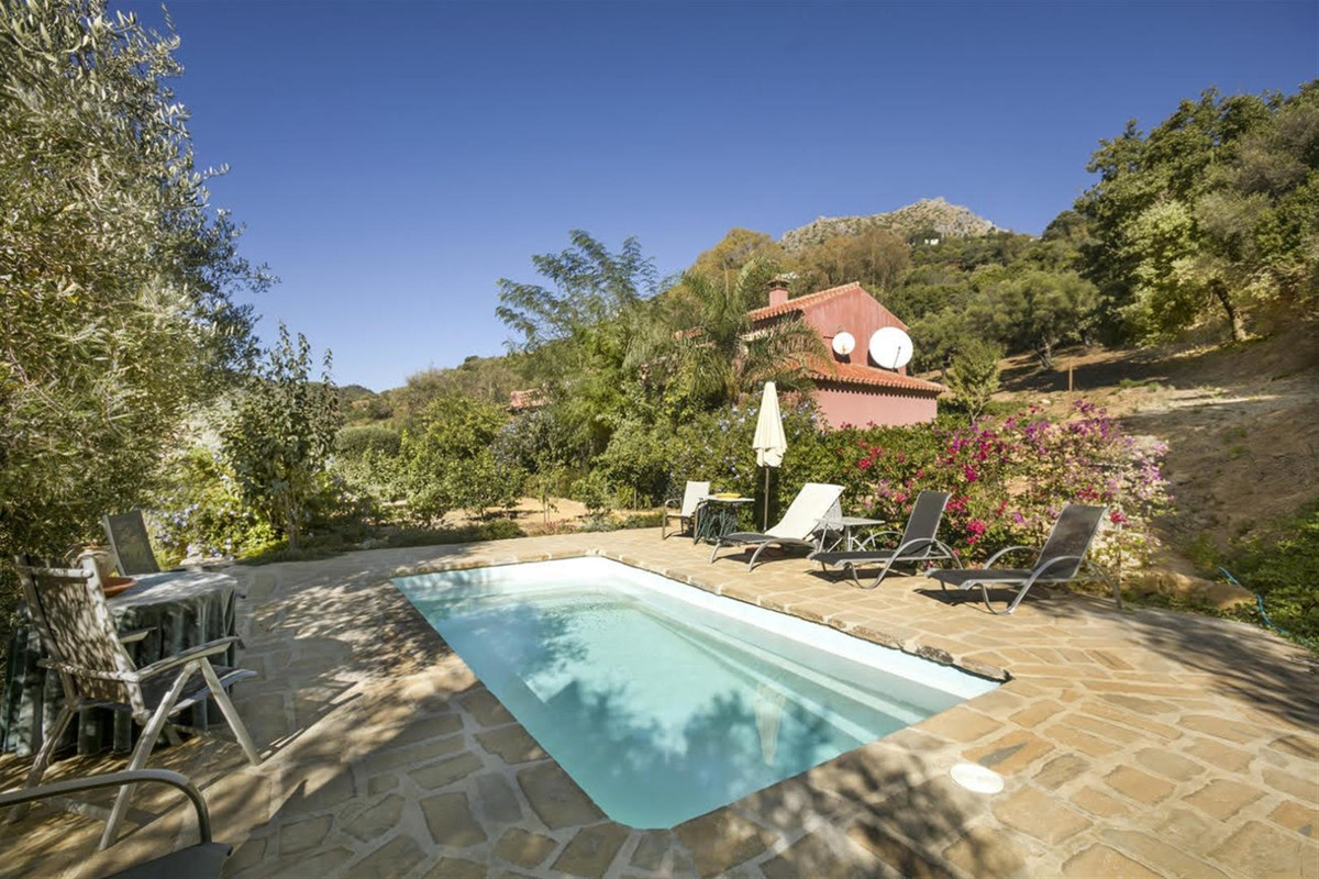 Large country Villa overlooking Gaucin and the straights of Gibralter. The property has a privileged,Spain