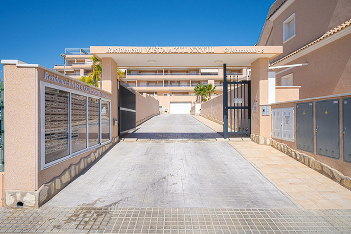 On the Costa Blanca, a magnificent unused penthouse in Punta Prima, Torrevieja. This apartment is un,Spain
