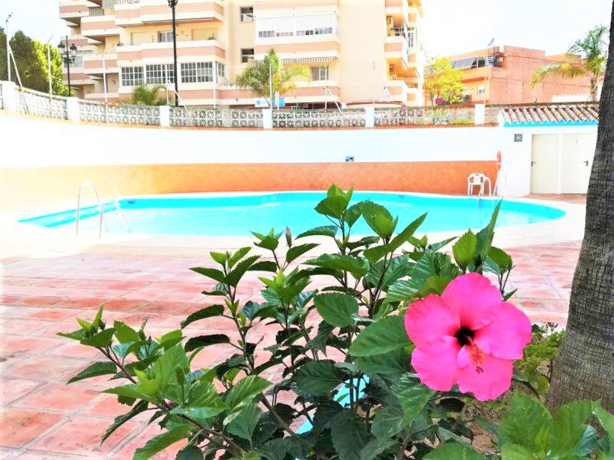 Beautiful 1st floor studio-apartment superbly located in the Castillo Beach district of Fuengirola, ,Spain