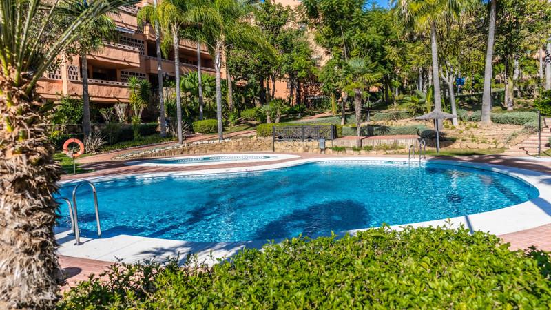Marbella Banus Apartamento Planta Baja en venta en Marbella – R3576679