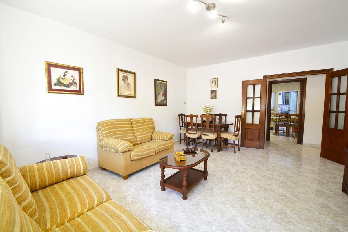 Apartamento en Venta en Marbella – R3769033