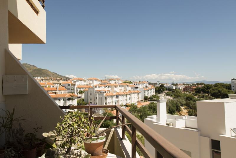 Marbella Banus Apartamento Planta Media a la venta, Torremolinos – R3643730