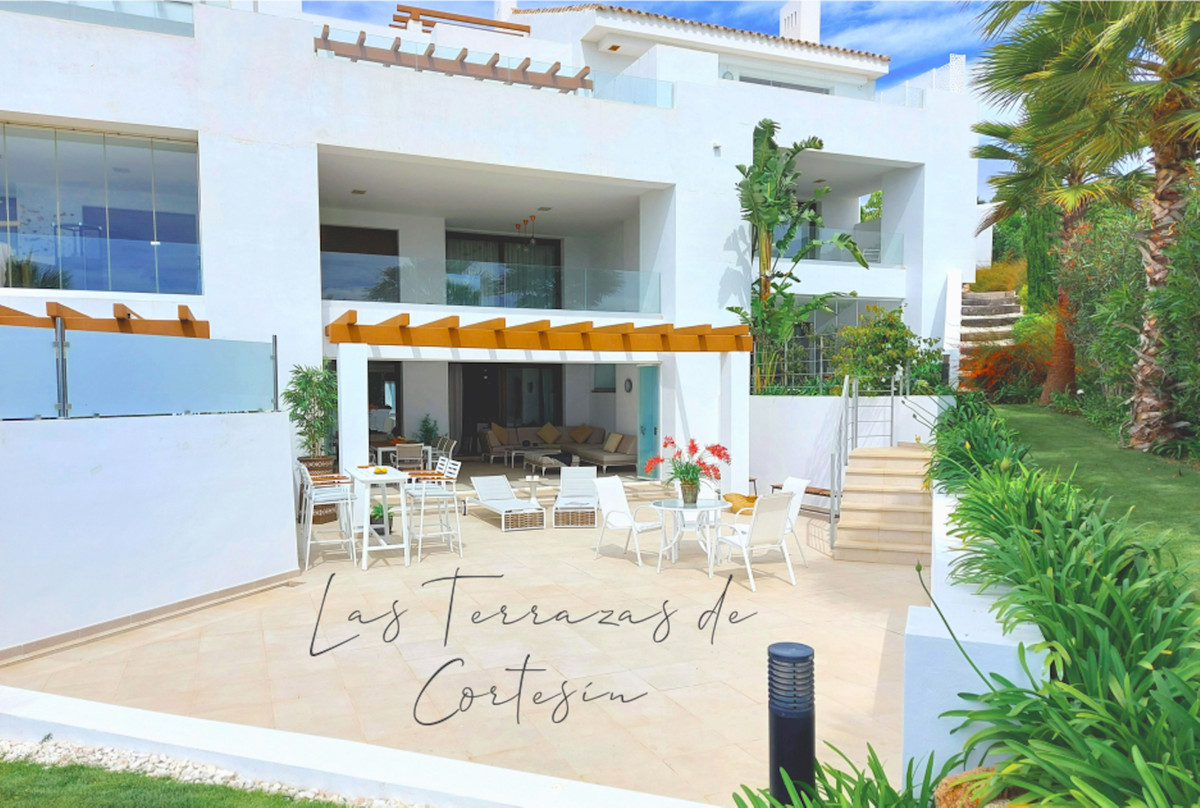 4 bedroom apartment for sale casares