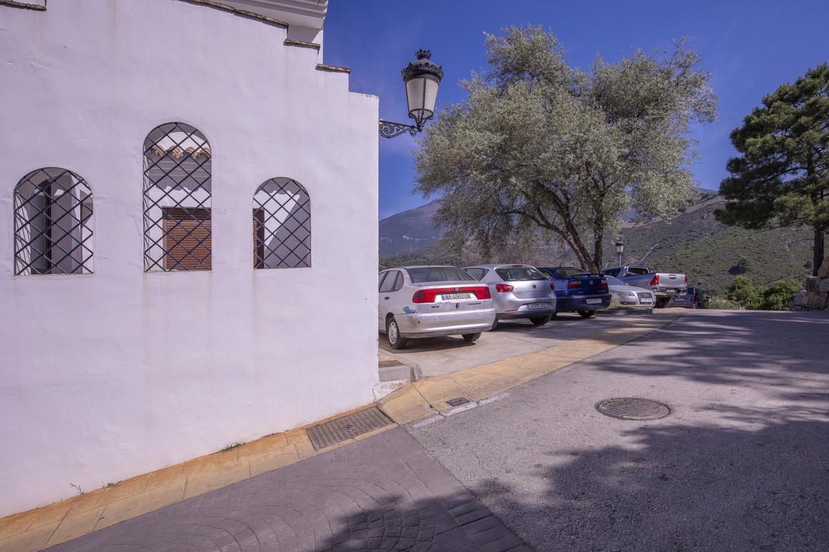 Marbella Banus Apartamento en Venta en Benahavís – R3836554