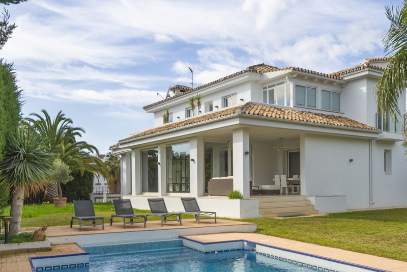 Marbella Banus Villa – Chalet, Marbella – R3586492