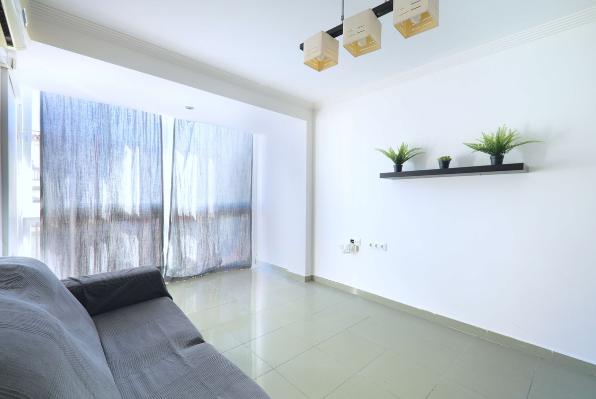 Renovated and conditioned apartment to move into in Velez Malaga. Very communicated area, close to s,Spain