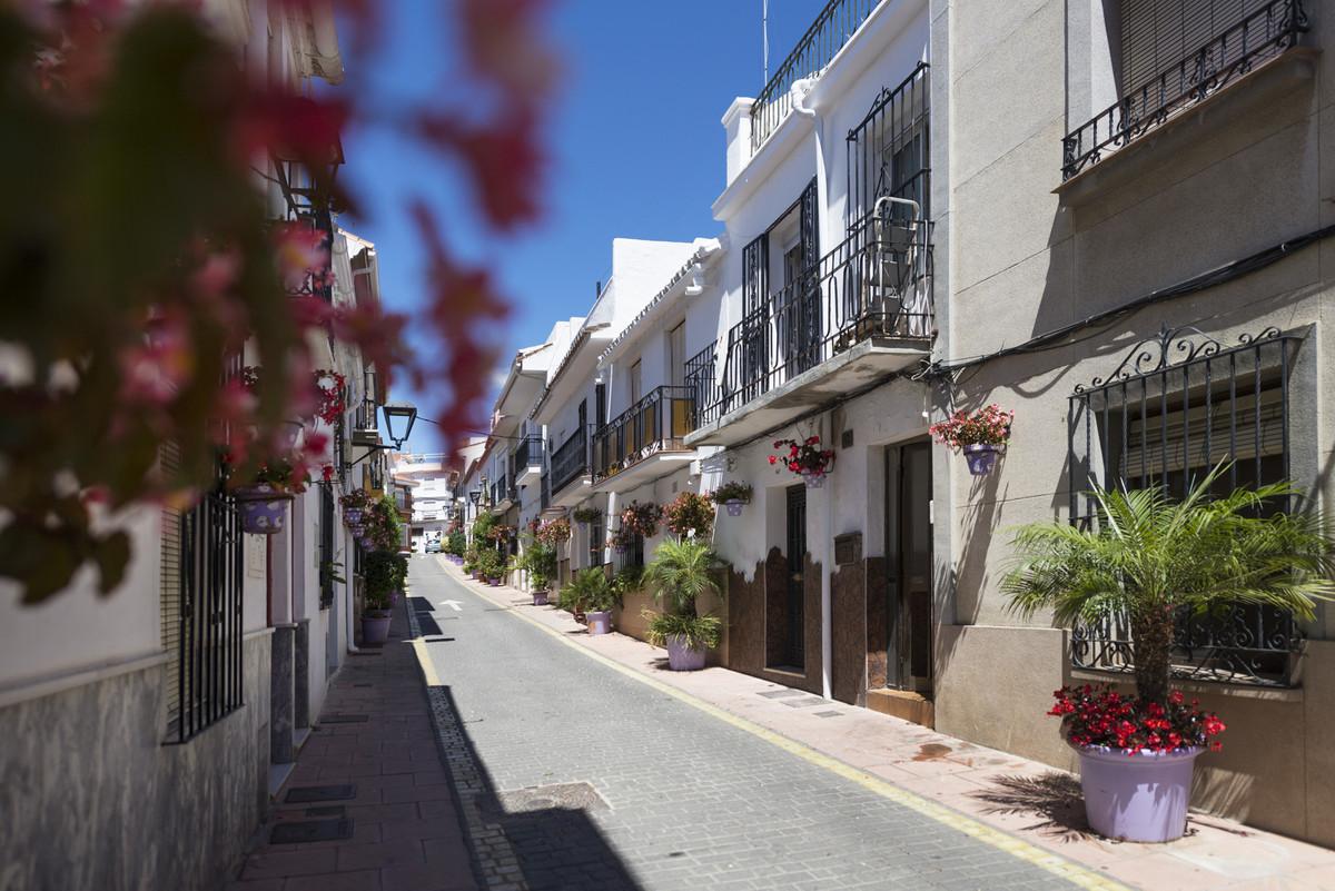 House - Estepona - R3659867 - mibgroup.es