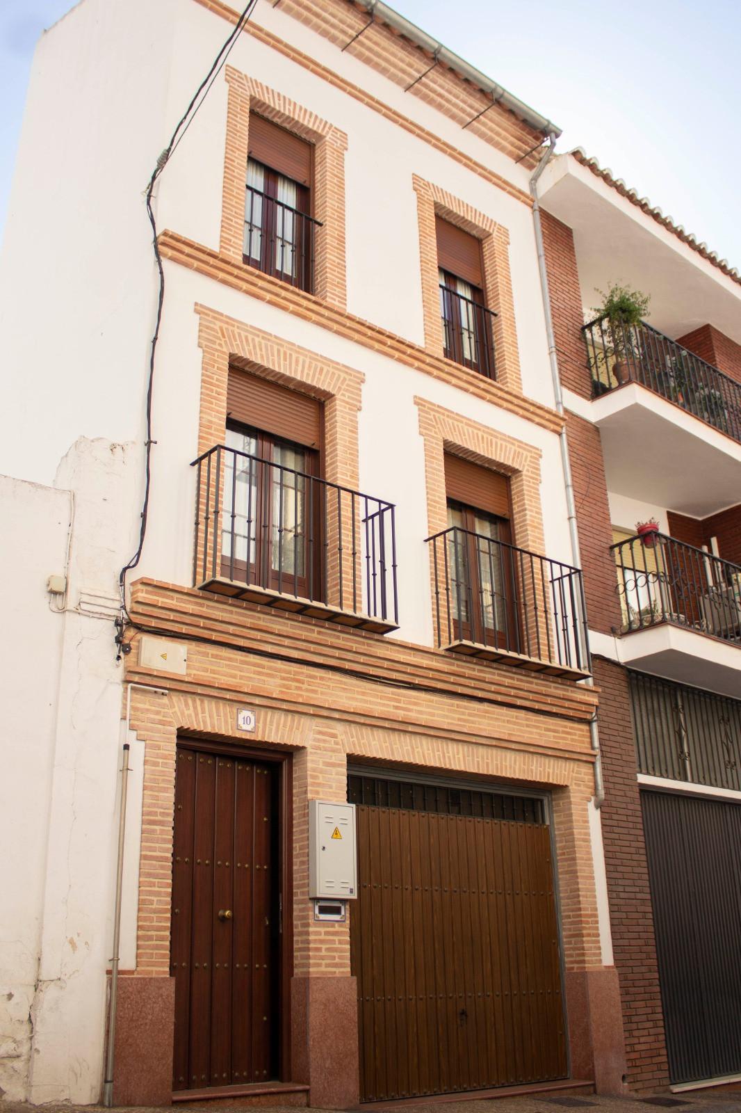 Detached Villa, Antequera, Costa del Sol. 5 Bedrooms, 3 Bathrooms, Built 290 m², Terrace 10 m².  Set,Spain