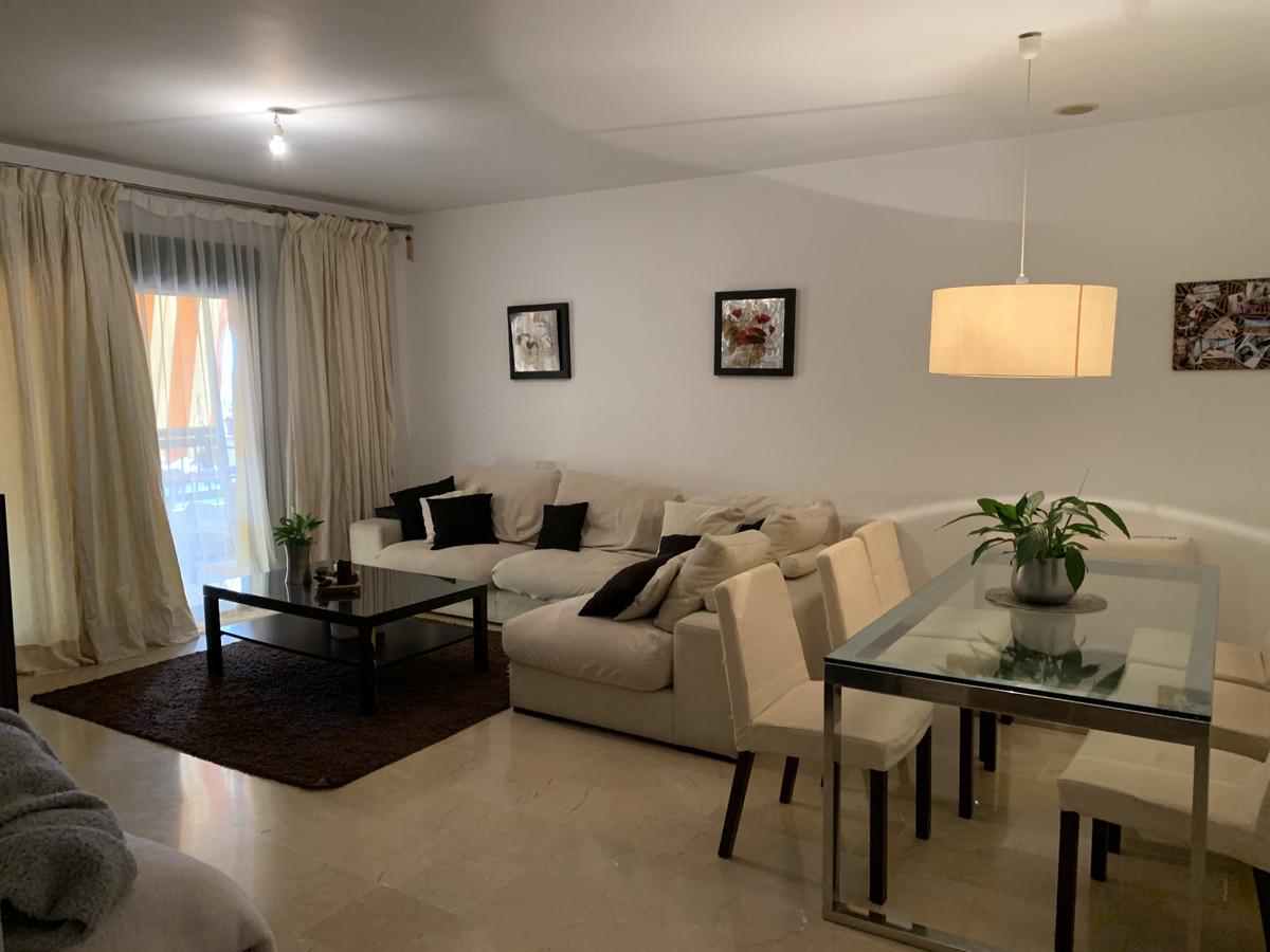 Marbella Banus Apartamento en Venta en San Pedro de Alcántara – R3936142