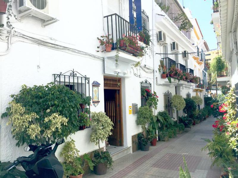 Marbella Banus Adosada en venta en Marbella – R3557629