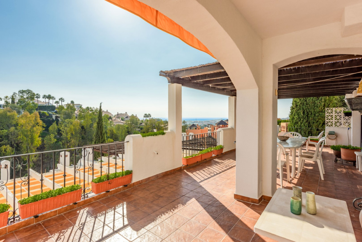 Amazing apartment in Benahavis (Costa del Sol) with large terrace and stunning panoramic views. Do n,Spain