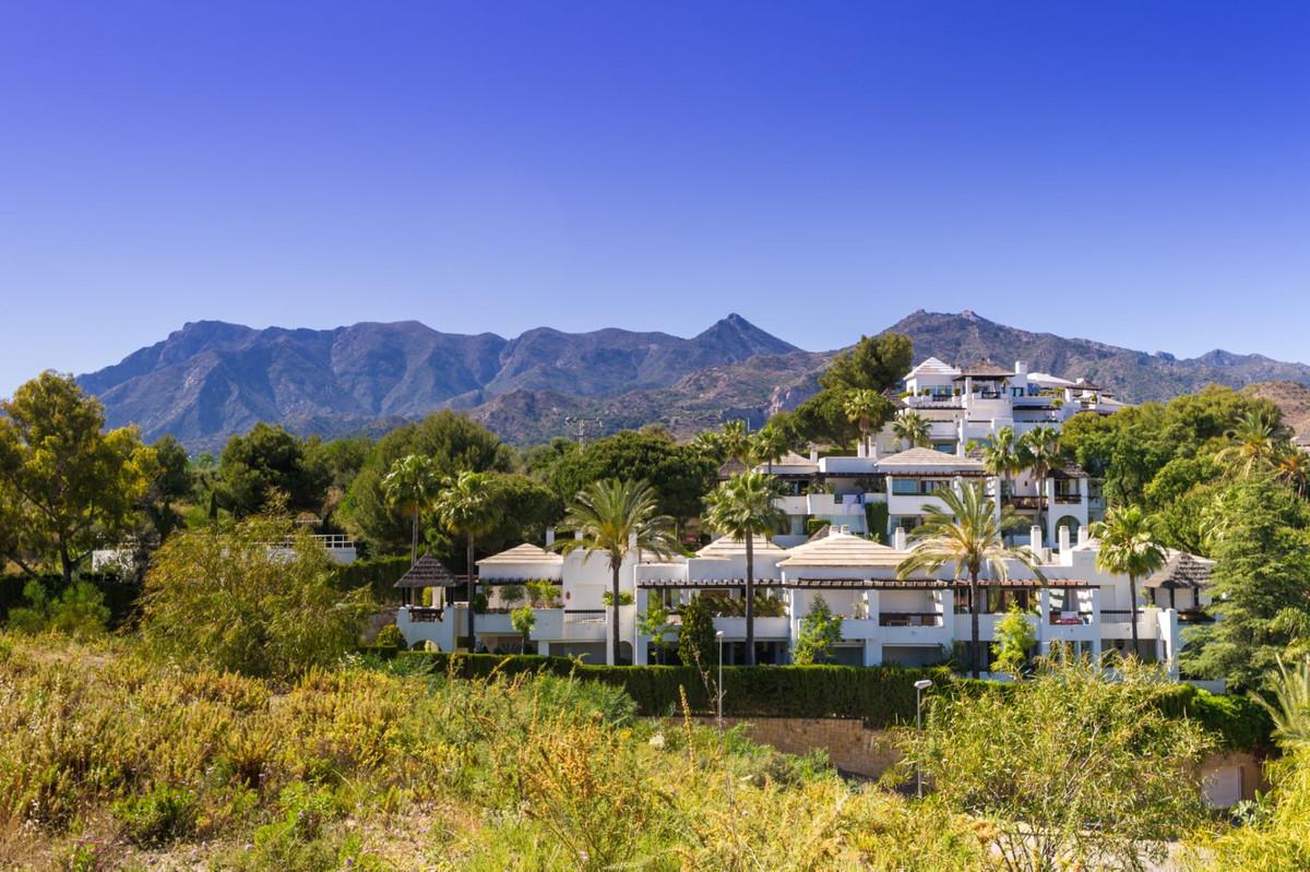 Apartamento en Venta en Marbella – R3710333
