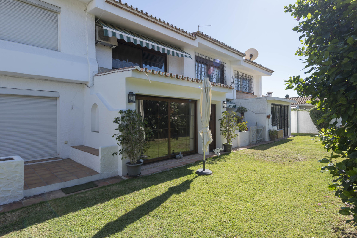 R3785746 | Townhouse in Cancelada – € 170,000 – 2 beds, 2 baths