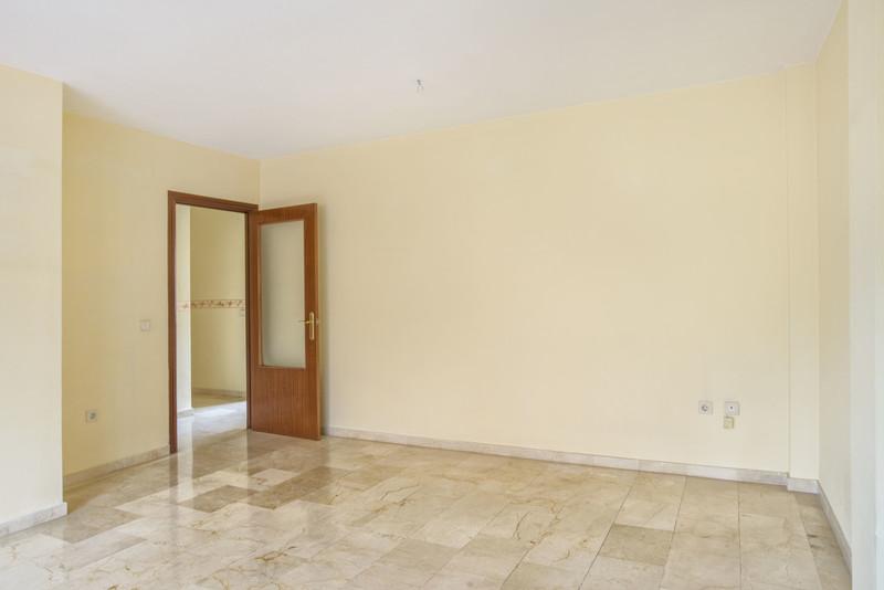 Apartamento Planta Media en venta en Marbella – R3599282