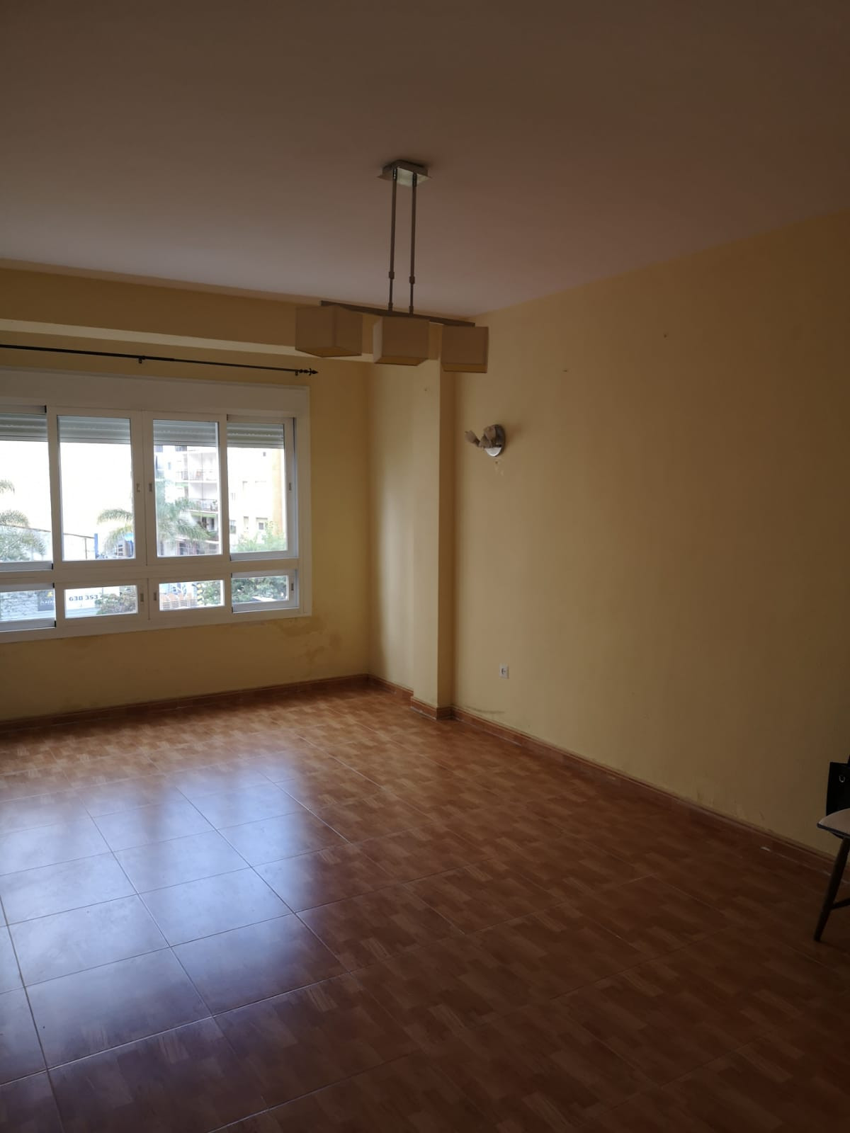 R3794980 | Middle Floor Apartment in Estepona – € 160,000 – 3 beds, 2 baths
