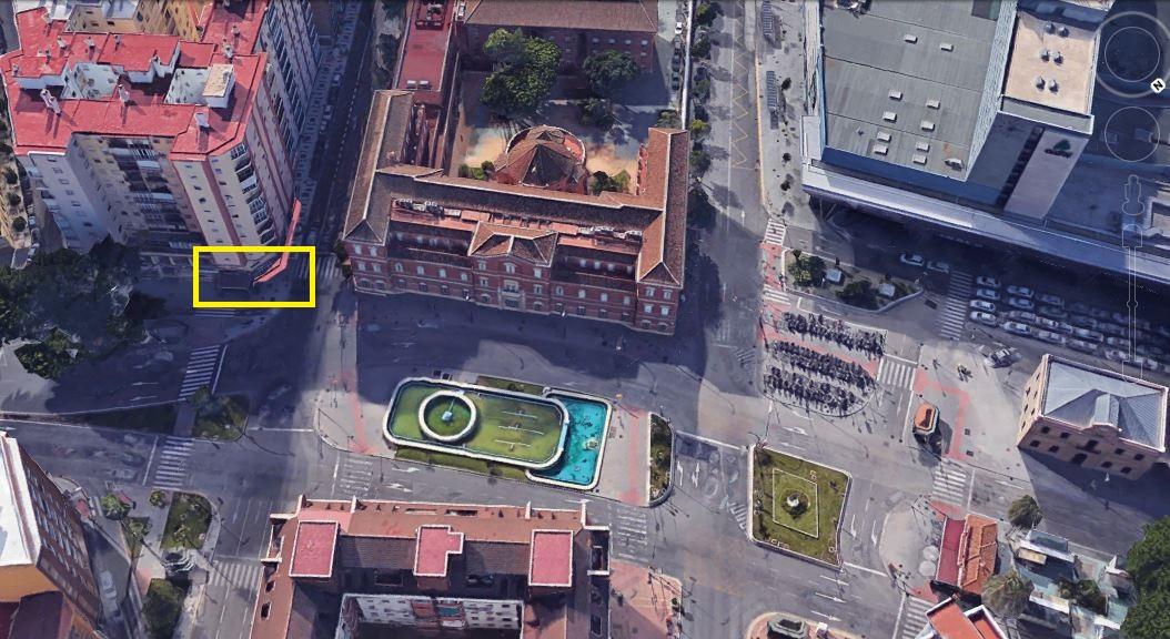 LOCAL NEXT TO THE STATION OF AVE DE MARIA ZAMBRANO Local corner, on avenue from the Estacion de Mari,Spain