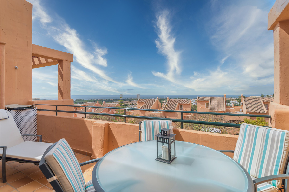 Cozy one bedroom apartment, located next to the Santa Maria Golf Club in Elviria-Marbella. Oriented , Spain