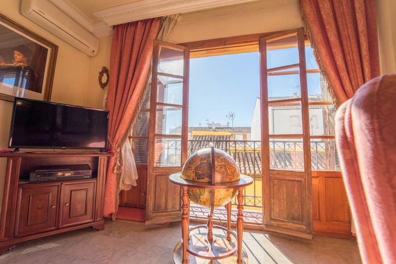 Marbella Banus Apartamento Planta Media en venta en Ronda – R3529957