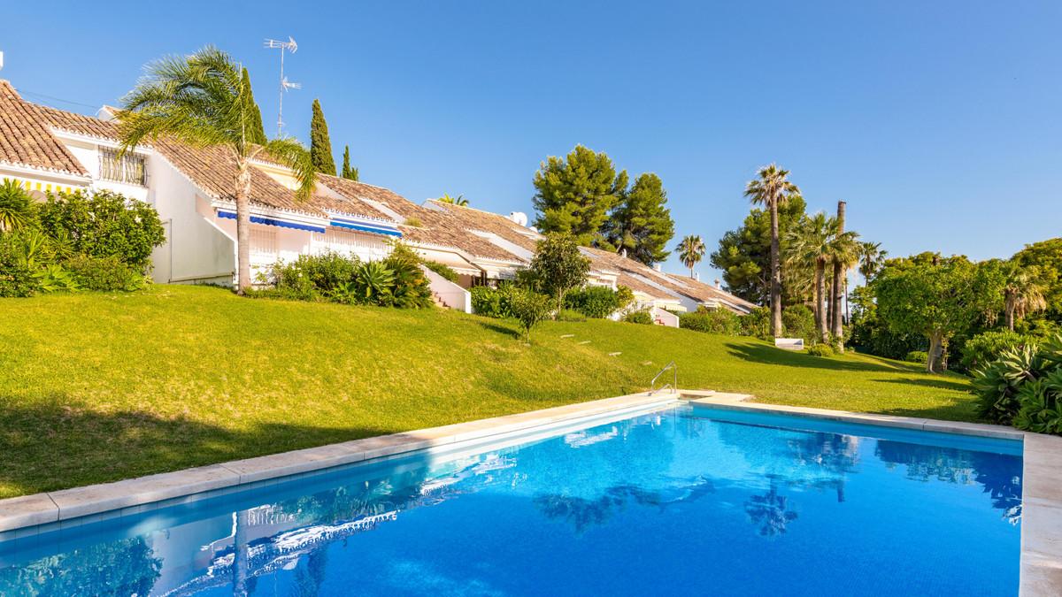 Дом - Marbella - R3867058 - mibgroup.es
