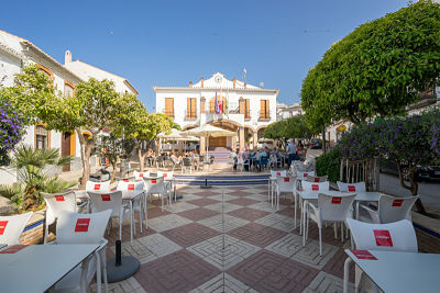 In the center of the tourist town of Ardales, there is the Vera restaurant and bar, with a great tra, Spain