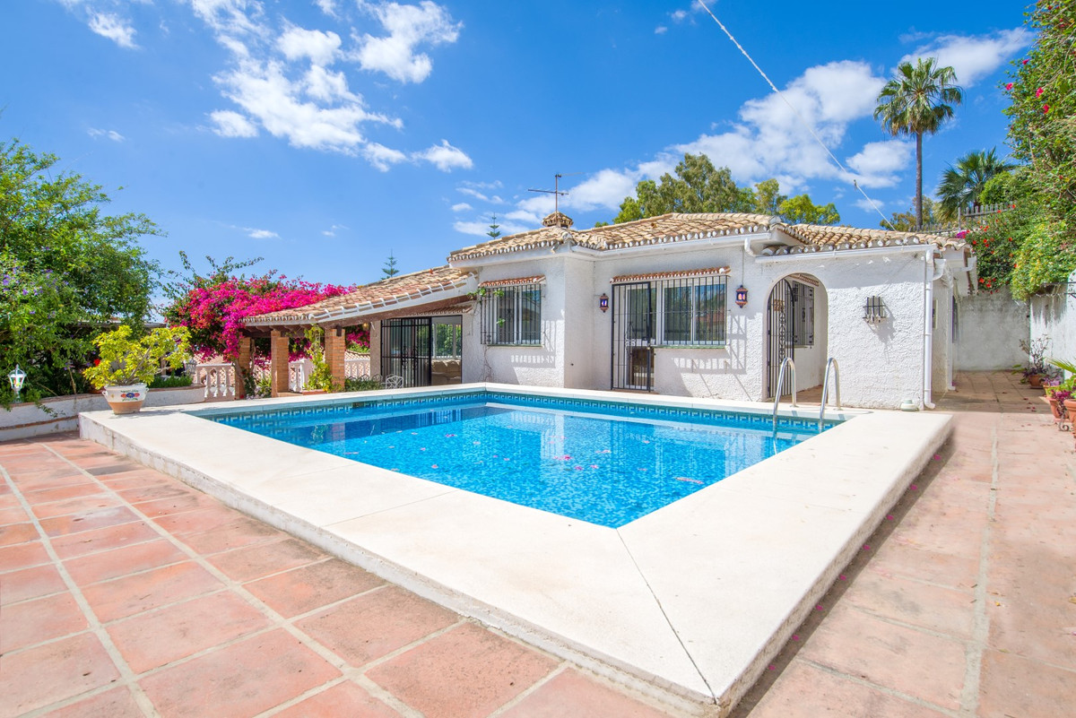 This lovely, charming villa is located in the popular Benalmadena pueblo and in close proximity to a,Spain