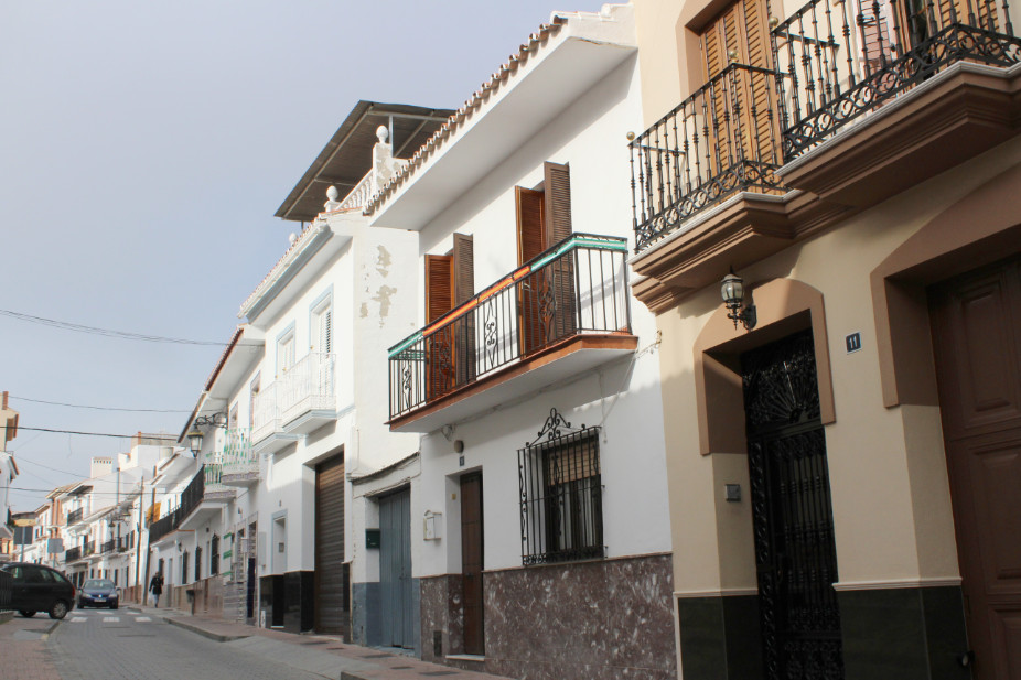 HOUSE IN THE HISTORIC CENTER OF CARTAMA House in Cartama Pueblo with 4 bedrooms (before 5) and patio, Spain