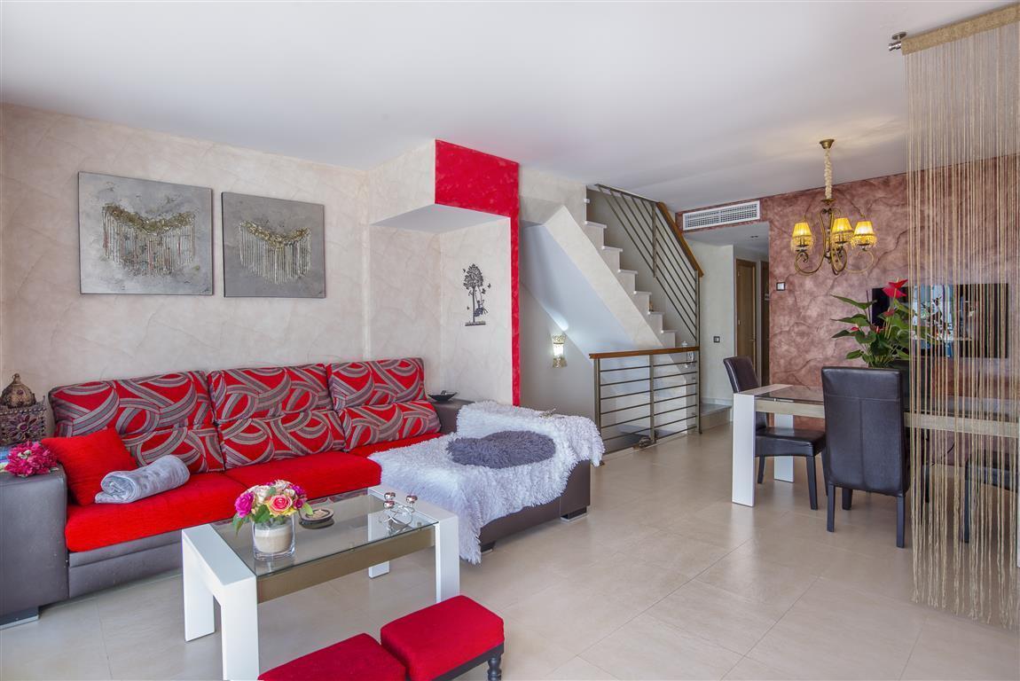 Unifamiliar con 2 Dormitorios en Venta Benahavís