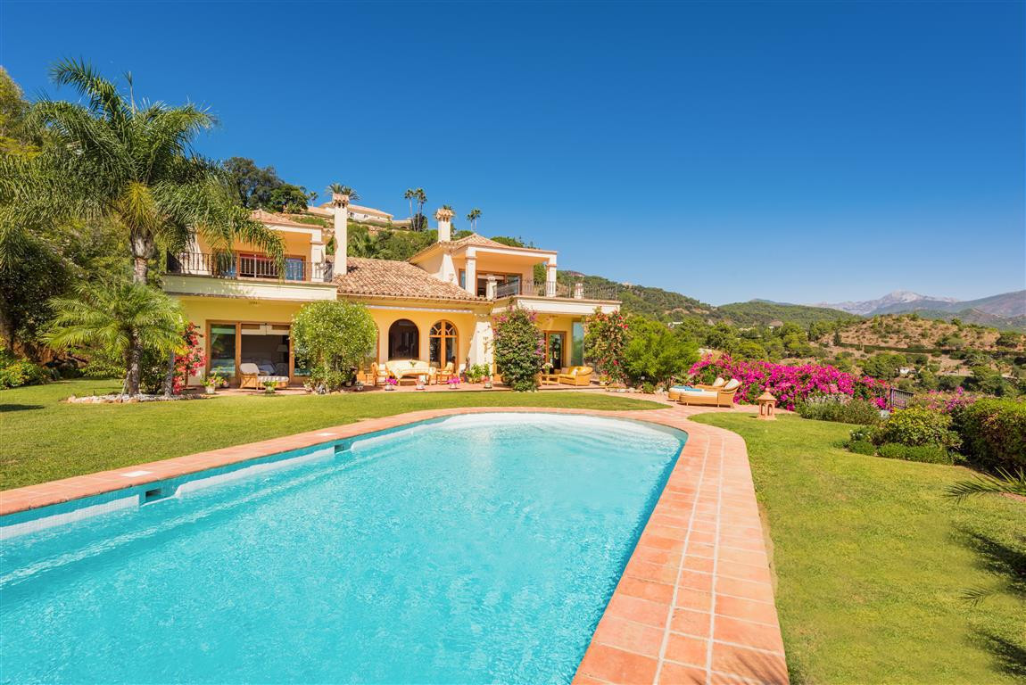 Timeless elegance in El Madronal 1  An oasis of well being and tranquility: a charming Mediterranean,Spain