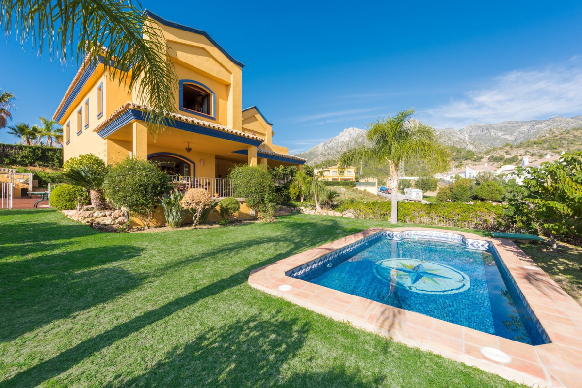 Xarblanca, Marbella. Villa 4 beds for sale  Villa for sale in Marbella. Do not miss this fantastic o,Spain