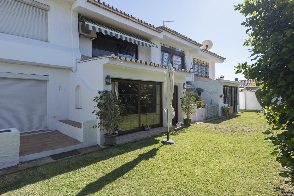 Дом - Estepona - R3542398 - mibgroup.es
