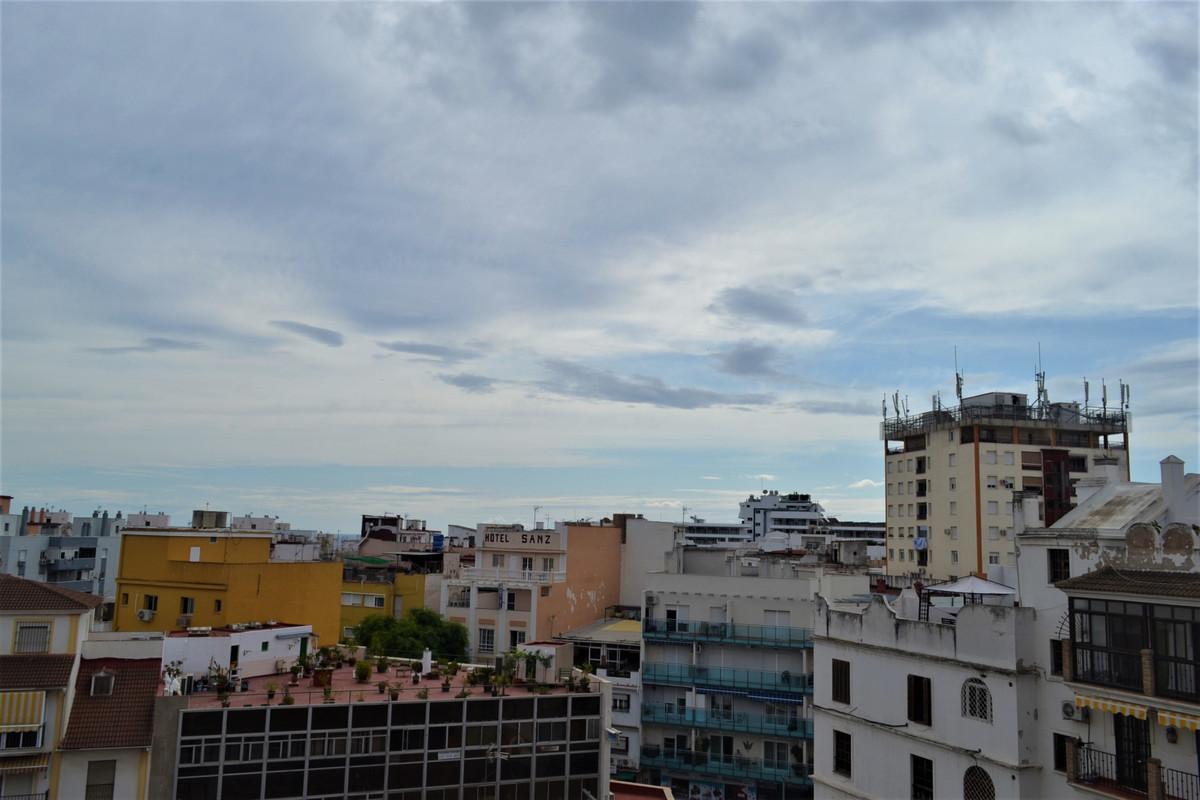 Top Floor Apartment in Torremolinos