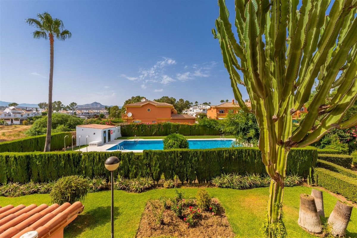 Unique Townhouse for sale in Nueva Atalaya, Estepona. This fantastic property is situated in the New, Spain