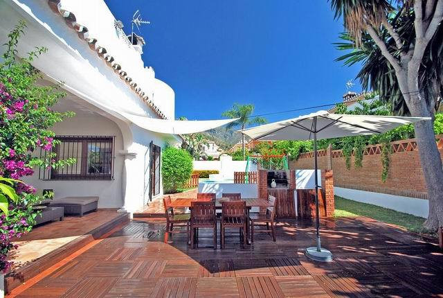 Marbella. City. 4 bedrooms villa for sale.  Magnificent villa in a residential area in the center of, Spain