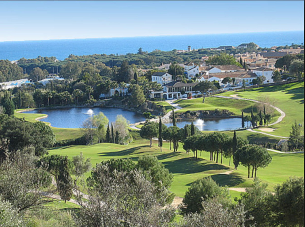 """Impressive luxury apartment completed furnished on the first line golf course """"Santa Maria"""",Spain"""