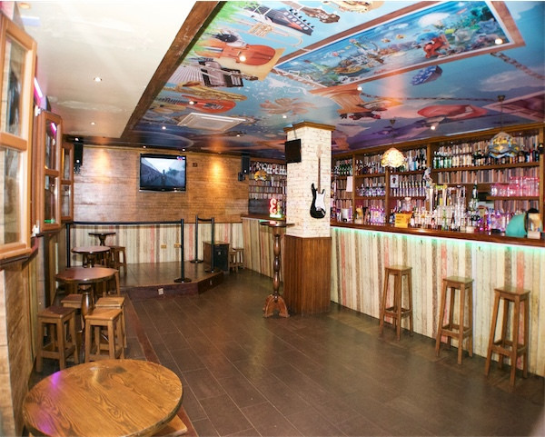 San Pedro Alcantara. Marbella Disco Bar for Sale with 132 mts2  Music License for music, improved 12, Spain
