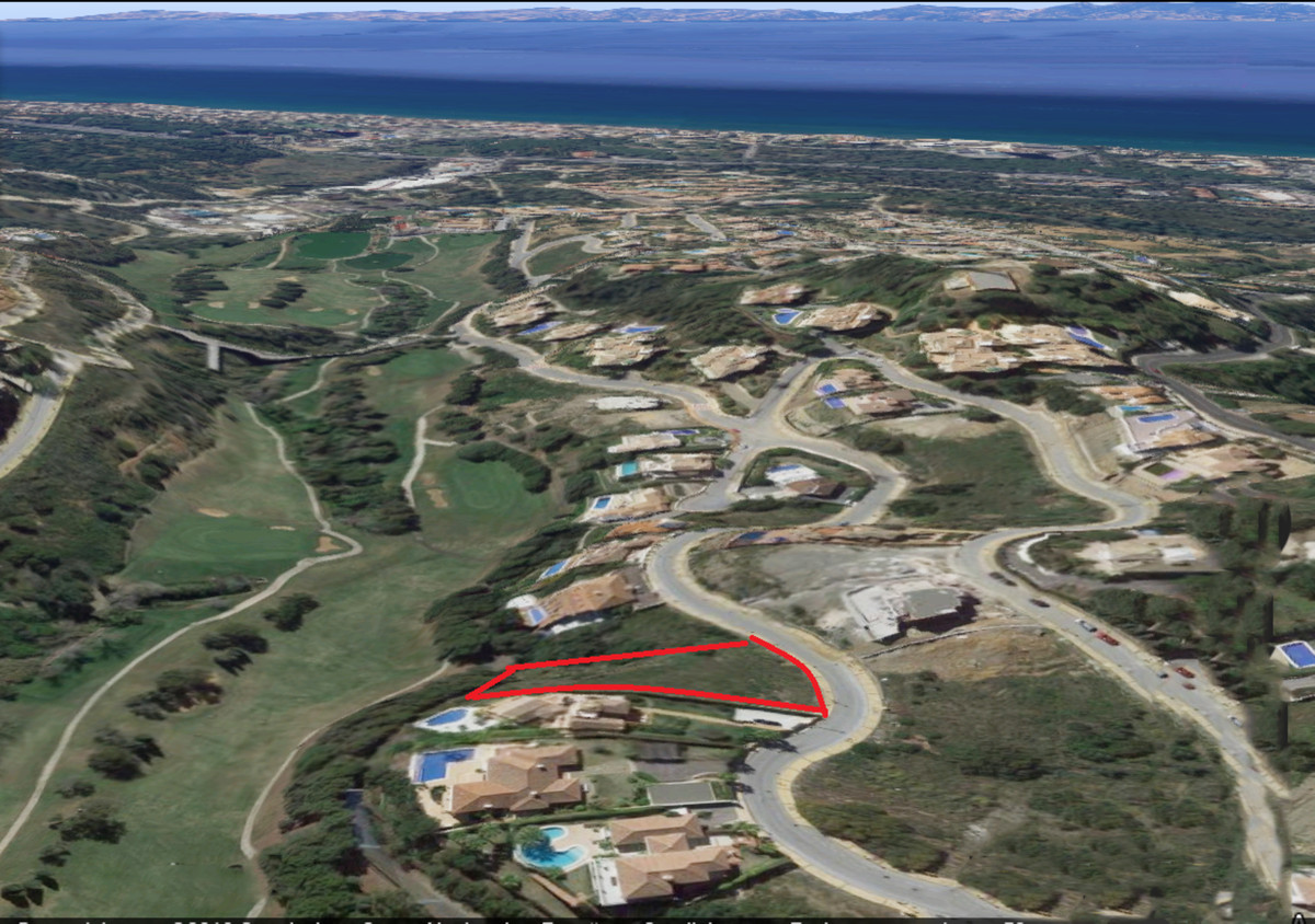 "This plot wich is situated front line golf course ""Santa Maria"" with golf and sea views. T, Spain"