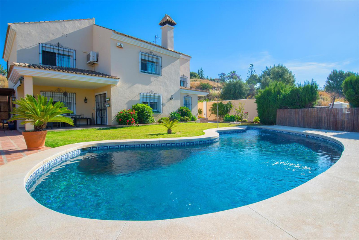 This magnificent villa built in two levels has three spacious bedrooms, two bathrooms and two toilet, Spain