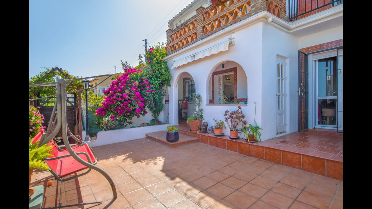 INVESTMENT OPPORTUNITY  The property is priced to sell. An investment opportunity - perfect for a B&, Spain
