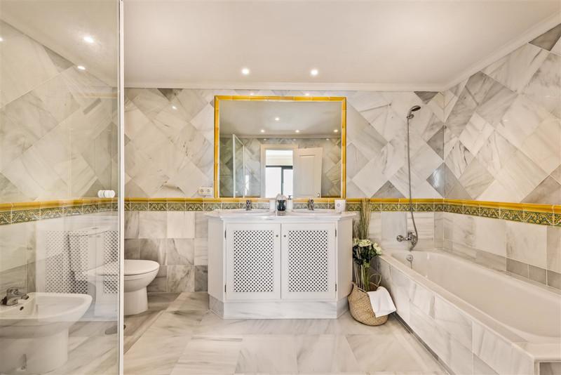 Apartamento Planta Media, Benahavís – R3263227