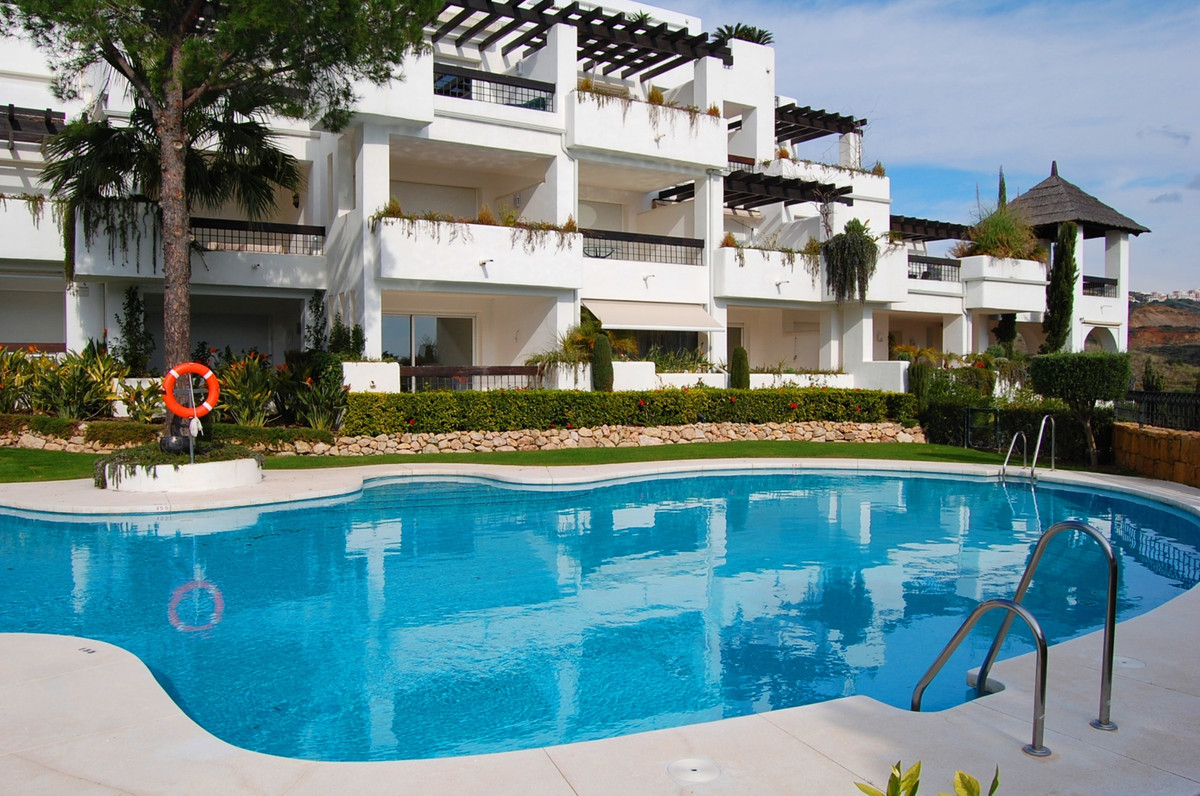 Spacious studio in the famous Incosol complex in Rio Real Golf urbanization with panoramic sea views, Spain